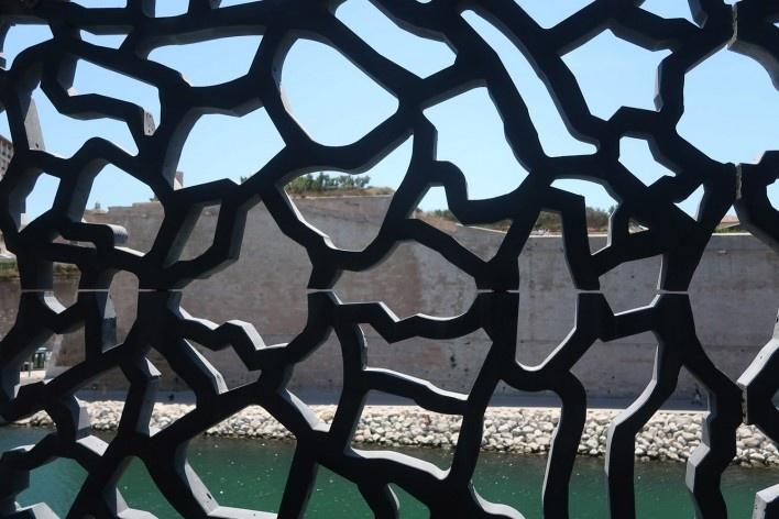Museu das Civilizações da Europa e da Mediterraneidade, Marselha, França, arquitetos Rudy Ricciotti e Roland<br />Foto Victor Hugo Mori