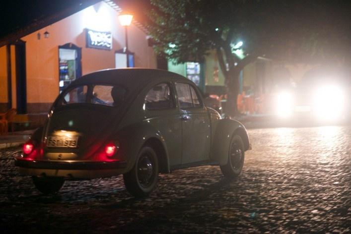 Outro fusca a percorrer as ruas do conjunto urbano protegido<br />Foto Fabio Lima