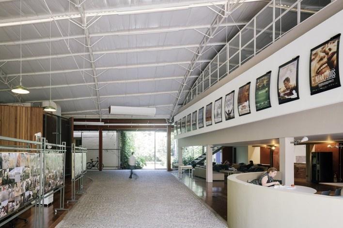Reforma e ampliação O2 Filmes, São Paulo SP Brasil, 2013. Arquiteta Cristina Xavier<br />Foto Pedro Kok