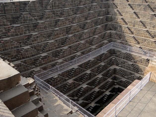 """Chand Baori em Abhaneri (tipo """"Escher"""")<br />Foto Carlos M Teixeira"""
