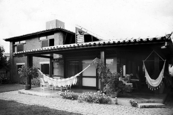 Casa do Itaigara, 1989, Salvador, Bahia<br />Foto divulgação  [Arquivo Paulo Ormindo de Azevedo]