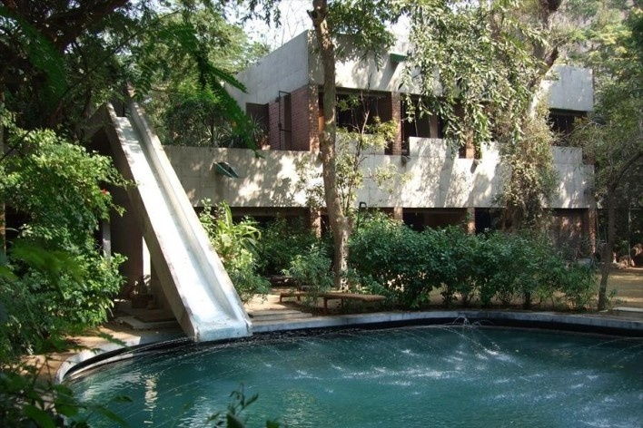 Casa Sarabhai, Shadibag, Ahmedabad, India, 1952-55. Arquitecto Le Corbusier<br />Foto divulgação  [Fontadion Le Corbusier]