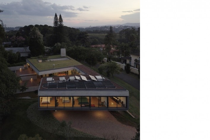 Casa em Cotia, UNA Arquitetos, 2016<br />Foto Bebete Viégas