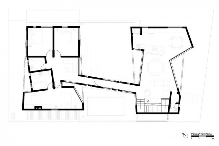 Casa 2V, planta pavimento superior, Porto Alegre RS Brasil, 2013. Arquitetos Diego Brasil e Anderson Calvi / BR3 Arquitetos<br />Imagem divulgação  [BR3 Arquitetos]