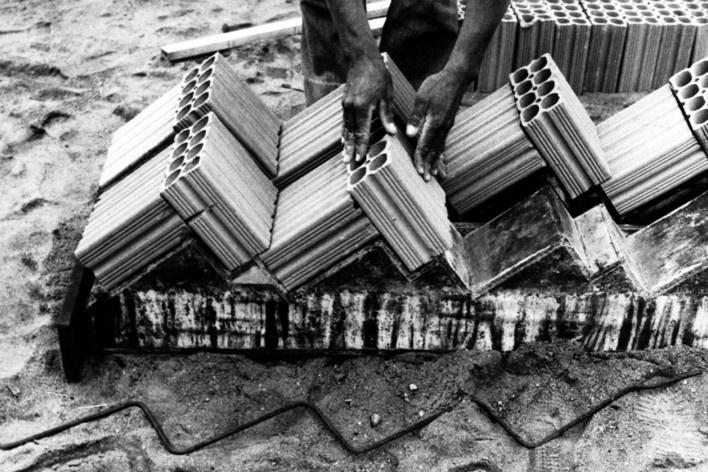 Fabricação de painéis de escada [Acervo Joan Villà]