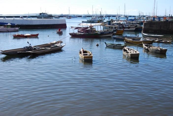 Centro Histórico de Salvador, cidade baixa, barcos atracados na Baía de Todos os Santos<br />foto Fabio Jose Martins de Lima