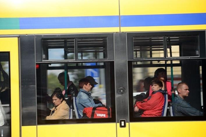 Passageiros em tróleibus no centro urbano<br />Foto Fabio Jose Martins de Lima