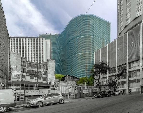 Edifício Copan, 1952. Arquitetos Oscar Niemeyer e Carlos Lemos<br />Foto Rafael Schimidt  [Fotoarquitetura]