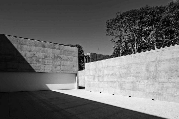 Nova sede da Confederação Nacional de Municípios – CNM, Brasília DF, 2016. Arquitetos Luís Eduardo Loiola e Maria Cristina Motta / Mira Arquitetos<br />Foto Haruo Mikami