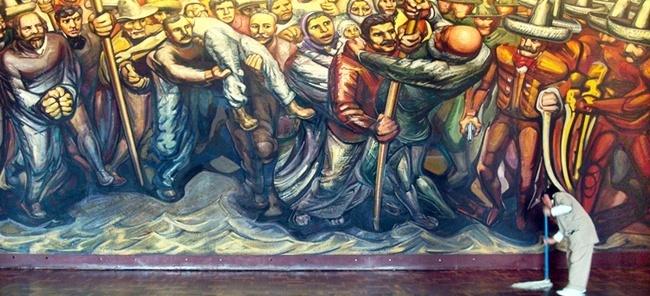 Mural de Siqueiros no Palácio de Chapultepec<br />Foto Michel Gorski