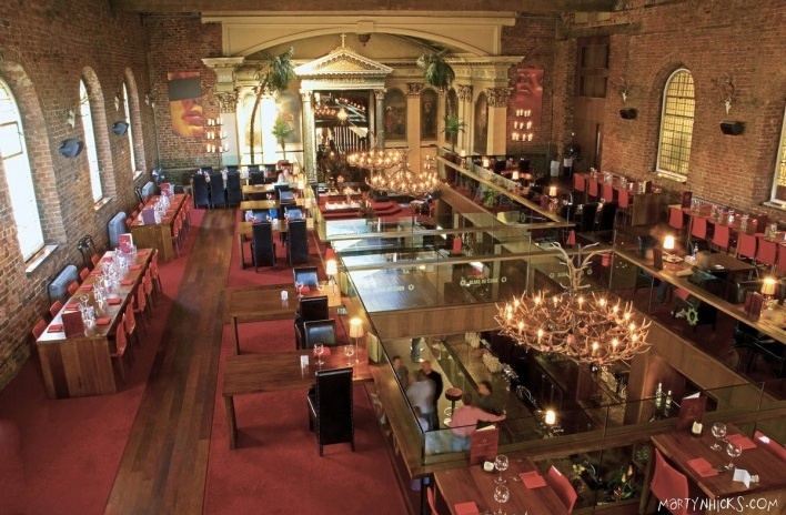 Interior do bar e restaurante Alma de Cuba, em Liverpool, Inglaterra<br />Foto divulgação