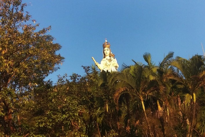 Visitando a Igreja Nossa Senhora de Monte Serrat, em Salto<br />Foto Carolina Rodrigues Cunha