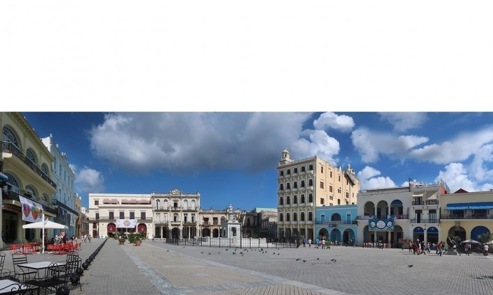 Plaza Vieja, Habana Vieja, Cuba<br />Foto Victor Hugo Mori
