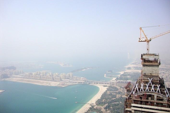 Vista panorâmica da cidade. Palm Jumeirah à esquerda e Burj Al Arab ao fundo<br />Foto Luiz Gustavo Sobral Fernandes