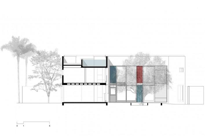 Casa 239, corte ee, São Paulo SP, 2012. Una Arquitetos<br />Imagem divulgação