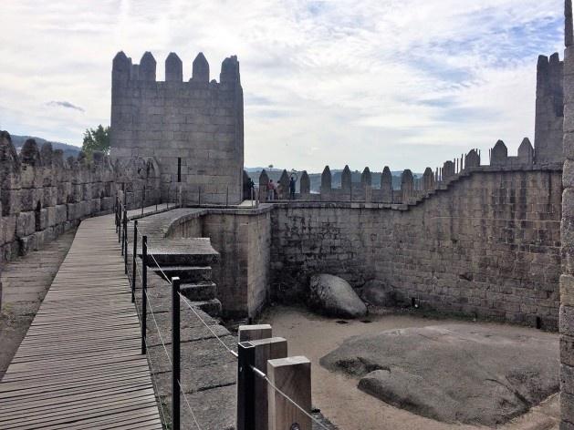 Castelo de Guimarães, cuidado com o original e com o visitante<br />Foto Anita Di Marco, 2018