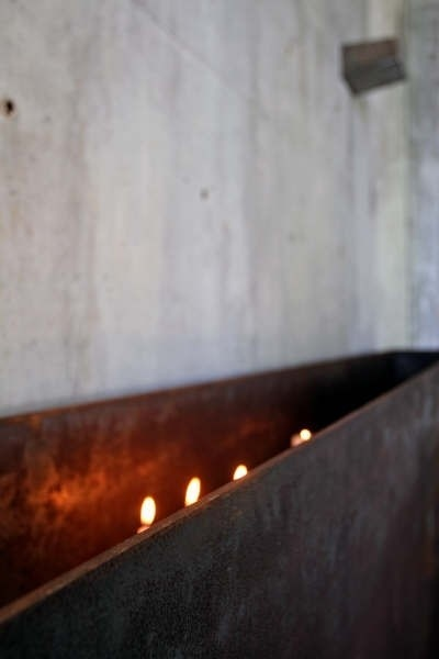 Caixa de velas e ner tamid<br />Foto Léo Azevedo