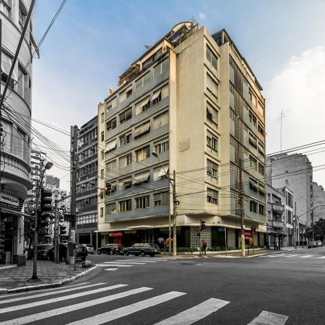 Edifício Hecilda, 1948. Arquitetos Abelardo de Souza, Hélio Duarte, Zenon Lotufo<br />Foto Rafael Schimidt  [Fotoarquitetura]