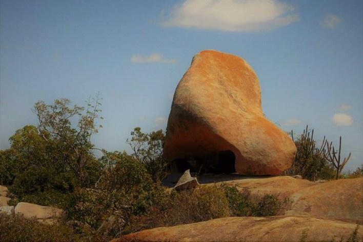"""Pedra do Nariz"", atrativo geoturístico na área prevista para o Geoparque Seridó<br />Foto Andrea Melo"