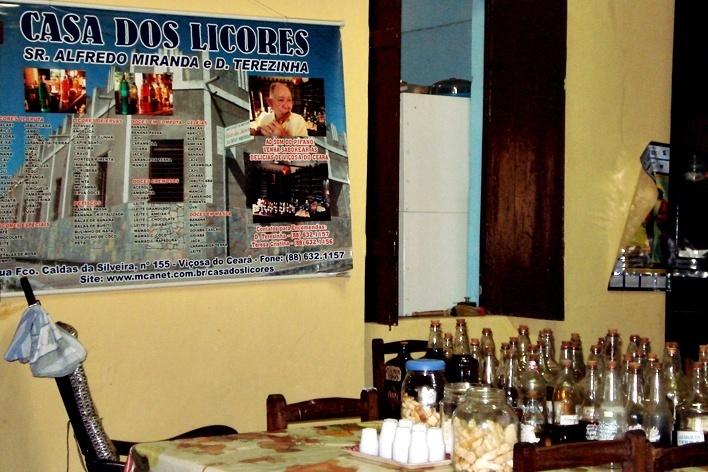 Viçosa do Ceará, Casa dos Licores do Casal Miranda<br />Foto Natália Cheung