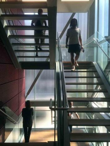 Instituto Moreira Salles, escada, São Paulo, 2017. Arquitetos Vinicius Andrade e Marcelo Morettin<br />Foto Abilio Guerra