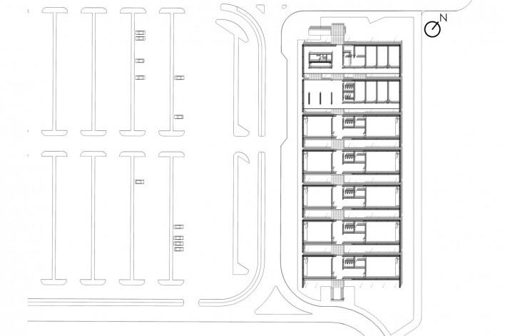 Aulário 3 (unidade de Alicante), planta térreo, San Vicente del Raspeig, Alicante, Espanha, 2000. Arquiteto Javier Garcia-Solera<br />Imagem divulgação  [Acervo Javier Garcia-Solera]