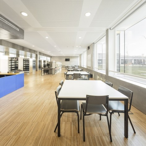 Escola Gaspar Frutuoso, Ribeira Grande, Azores, Portugal, 2016. Arquiteto Carlos Almeida Marques<br />Foto Fernando Guerra