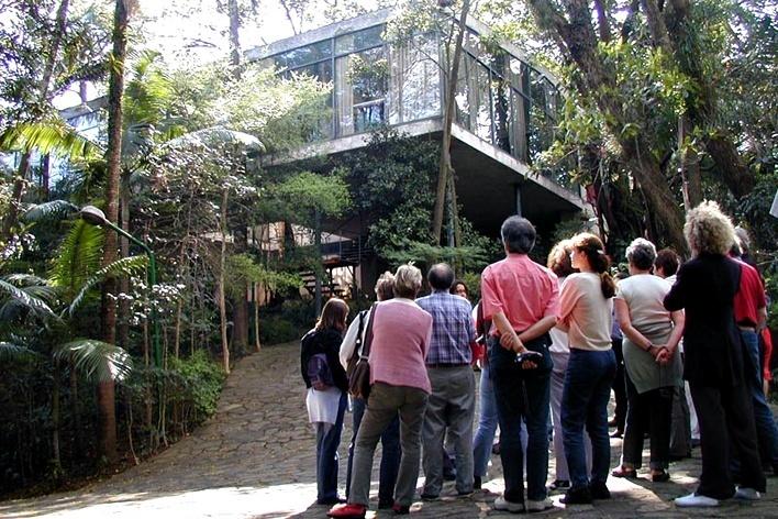 Casa de Vidro, São Paulo. Arquiteta Lina Bo Bardi<br />Foto Butikofer & de Oliveira Arquitetos
