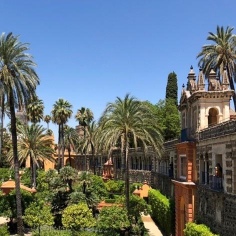 Galeria de Grotescos, passagem elevada que se estende pelos jardins reais<br />Foto José Lira