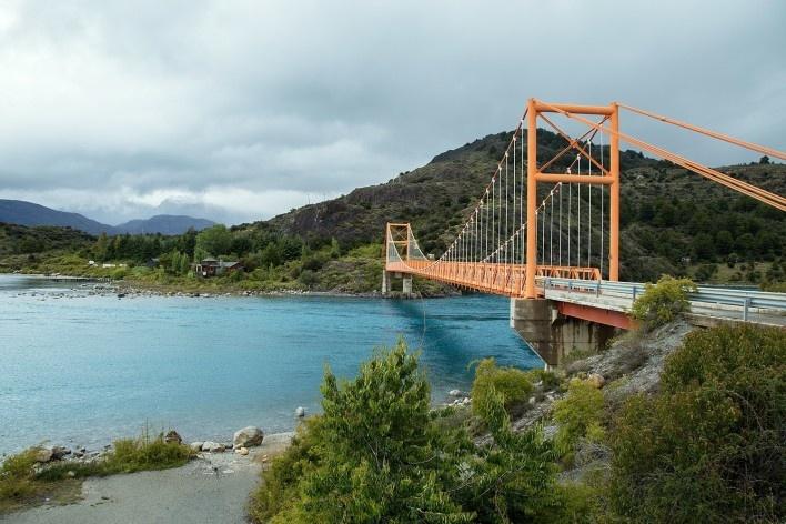 De Puerto Rio Tranquillo até bifurcação Cochrane, Chile Chico<br />Foto Diana Souza