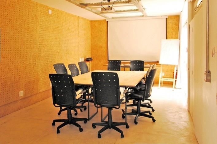 Wikilab Coworking, sala de reunião, São Carlos, 2016. Arquiteto José Calijuri Hamra<br />Foto divulgação