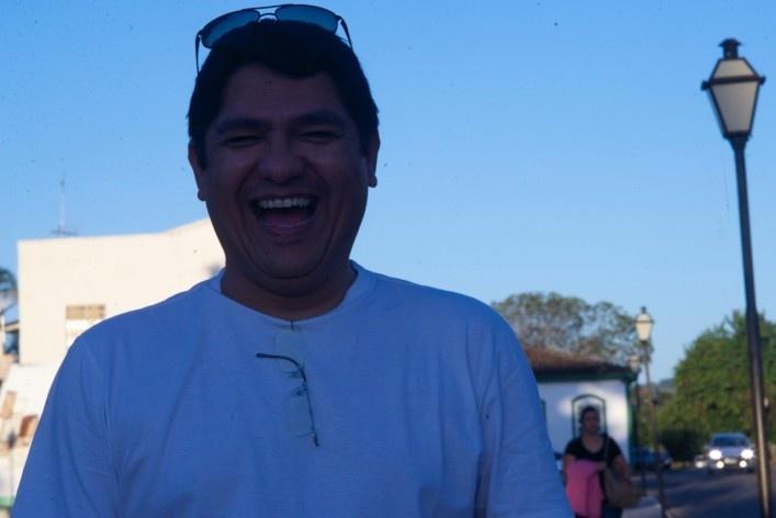 """Selfie"" do Prof. Wilton Medeiros que orientou a visita a Pirenópolis<br />Foto Fabio Lima"
