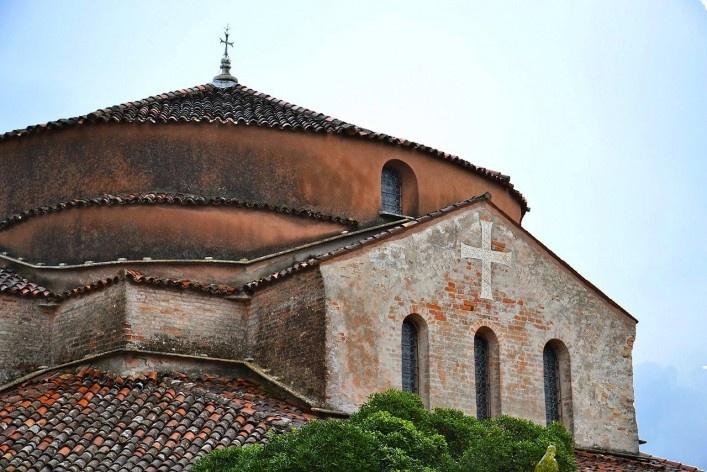 Nave da Basílica de Santa Maria<br />Foto/photo Fabio Lima