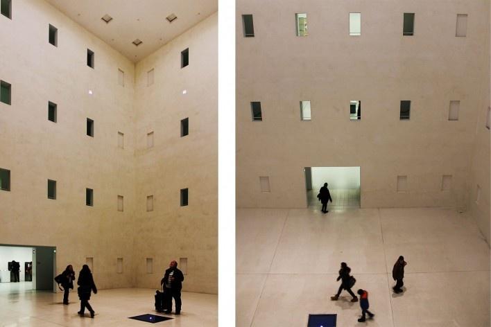 Biblioteca Municipal de Stuttgart, prisma central. Arquiteto Young Yi<br />Foto Luiz Antonio Lopes de Souza