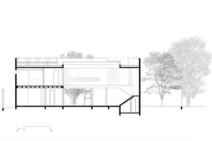 Casa 239, corte ff, São Paulo SP, 2012. Una Arquitetos<br />Imagem divulgação
