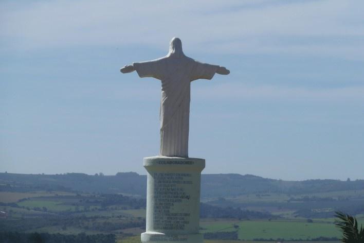 Cristo no Morro da Mesa<br />Foto Michel Gorski