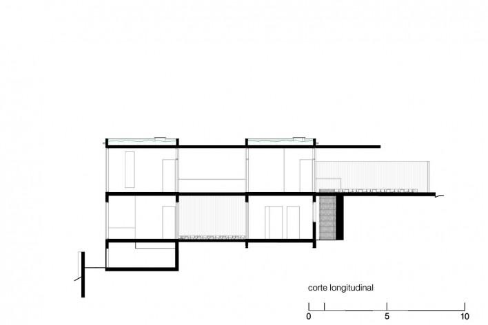 Casa da Lagoa, longitudinal section, Florianópolis SC Brasil, 2019. Architects Francisco Fanucci and Marcelo Ferraz / Brasil Arquitetura<br />Imagem divulgação  [Acervo Brasil Arquitetura]