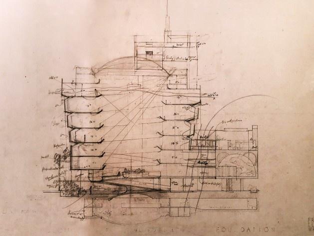 "Museu Guggenheim de Nova York, 1943-1959, Frank Lloyd Wright, mostra ""The Human Insect: Antenna Architectures 1887-2017""<br />Foto Ana Tagliari / Wilson Florio, 2018"