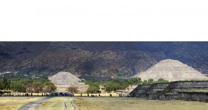Teotihuacán, eixo principal formado pela Avenida dos Mortos, México<br />Foto Victor Hugo Mori
