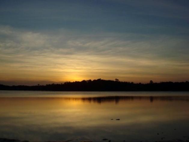 Por do Sol visto da Lagoa do Cassange<br />Foto Ricardo Eid Philipp