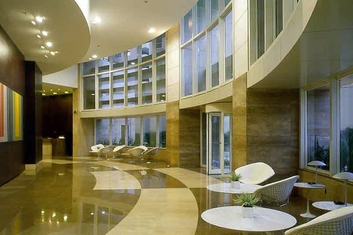 Lobby dos edifício de Flats Hoteleiros<br />Foto Nelson Kon