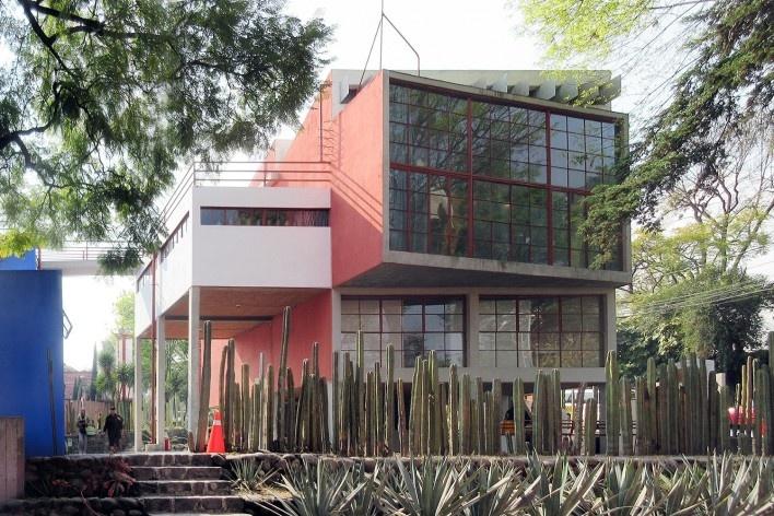 Casa-estúdio de Diego Rivera, fundos, 1931. Arquiteto Juan O'Gorman <br />Foto Victor Hugo Mori