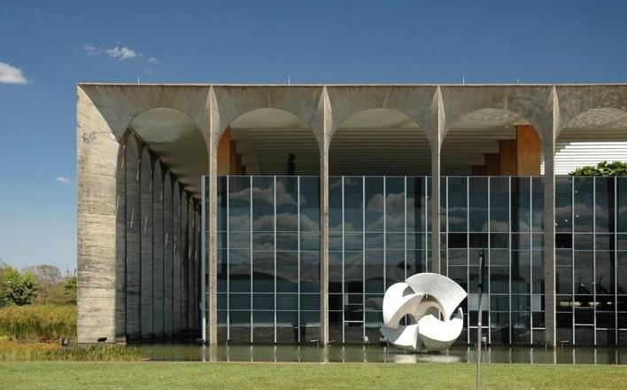Palácio do Itamaraty, Brasília DF, arquiteto Oscar Niemeyer<br />Foto Frederico de Holanda