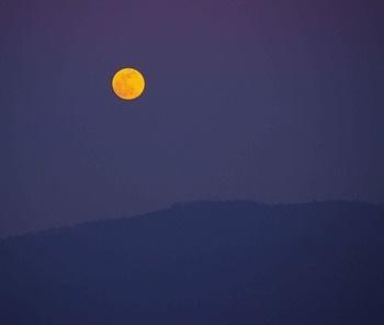 Lua cheia vista de Muxa<br />Foto Fernando Bellas