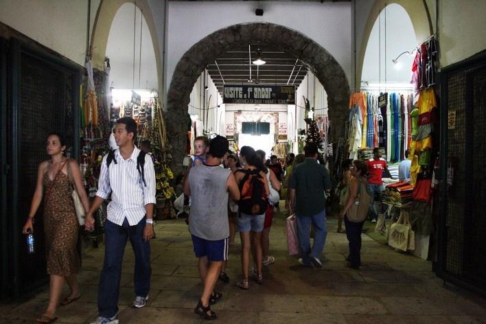Mercado Modelo, interior, Salvador BA<br />Foto Helena Guerra  [Arquivo Paulo Ormindo de Azevedo]