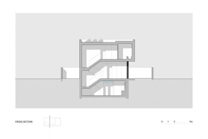 Corte Transversal Casa no Juso. Projeto ARX Portugal + Stefano Riva, 2011<br />divulgação