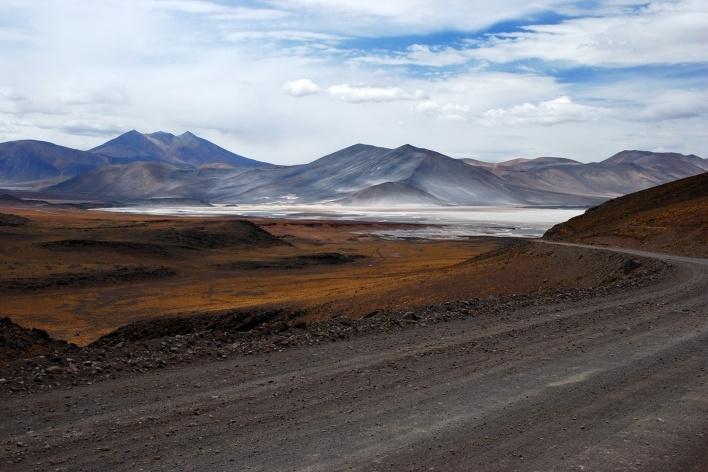 Paisagem vista da estrada solitária para o Paso de Sico, Chile <br />Foto José Tabacow