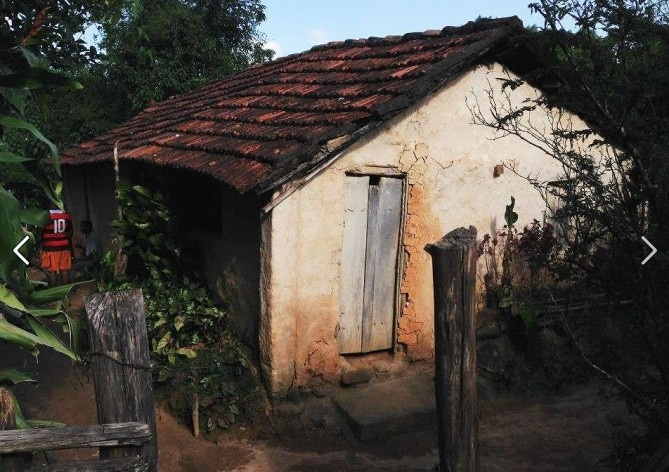 Type of house in wattle and daub with mud\<br />Foto Fabio Lima