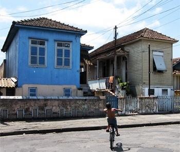 casas operárias no bairro de Macuco, Santos<br />Foto Flávio Magalhães