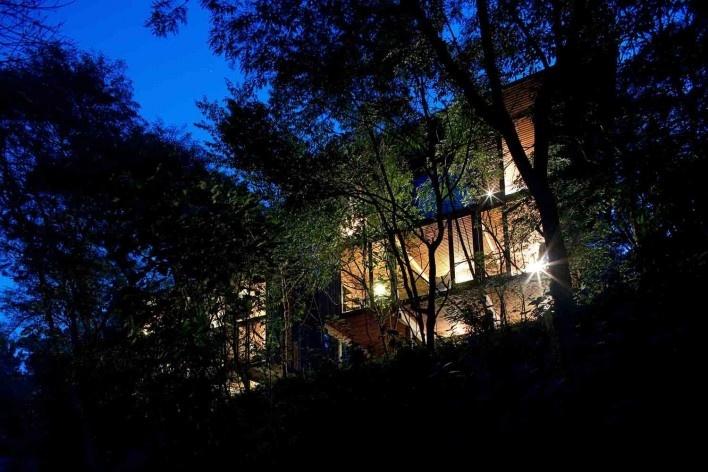 Vila Taguaí, Carapicuiba SP, 2007-2010. Arquitetos Cristina Xavier (autora), Henrique Fina, Lucia Hashizume e João Xavier (colaboradores)<br />Foto Daniel Ducci